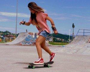 fille-skateboard